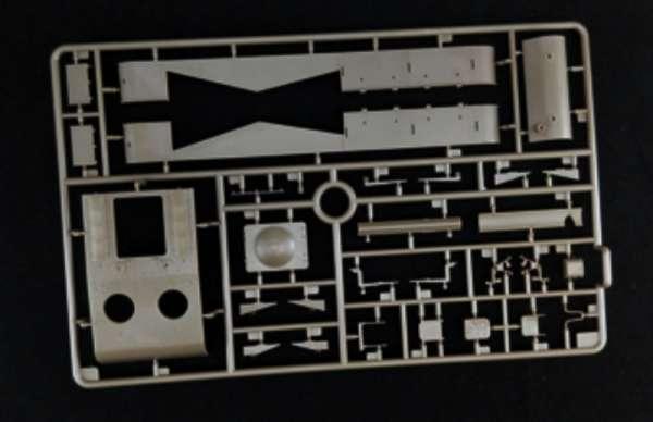 model_do_sklejania_bronco_cb35113_self_propelled_gun_su_152_sklep_modelarski_modeledo_image_14-image_Bronco Models_CB35113_3