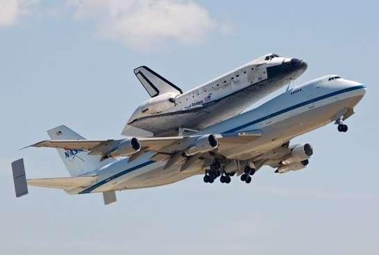 plastikowy-model-promu-kosmicznego-oraz-samolotu-boeing-747-100-sklep-modelarski-modeledo-image_Dragon_14705_1