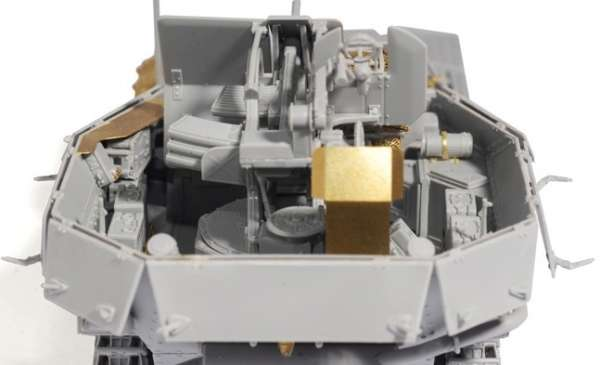 Dragon 6590 w skali 1:35 - image d - FlaK 38(t) Ausf.M (Late Production) - plastikowy model do sklejania-image_Dragon_6590_3
