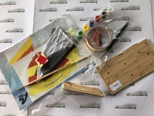 drewniany-model-zaglowki-hobie-cat-do-sklejania-sklep-modeledo-image_Artesania Latina drewniane modele statków_30502_4
