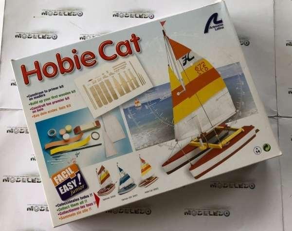 drewniany-model-zaglowki-hobie-cat-do-sklejania-sklep-modeledo-image_Artesania Latina drewniane modele statków_30502_2