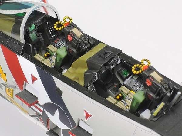 Myśliwiec Grumman F-14A Tomcat model do sklejania w skali 1:48, model Tamiya 61114_image_9-image_Tamiya_61114_3