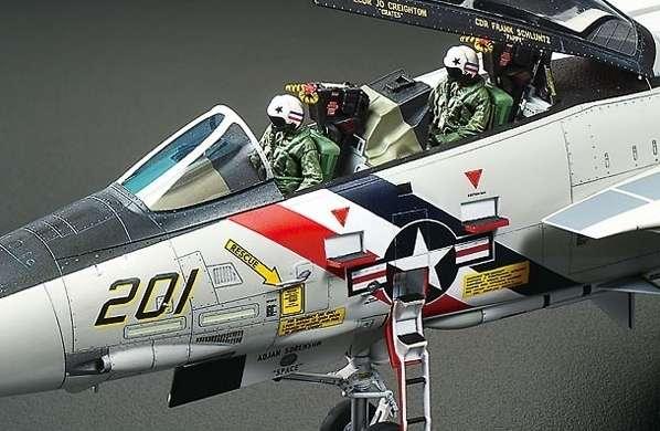 Myśliwiec Grumman F-14A Tomcat model do sklejania w skali 1:48, model Tamiya 61114_image_15-image_Tamiya_61114_4