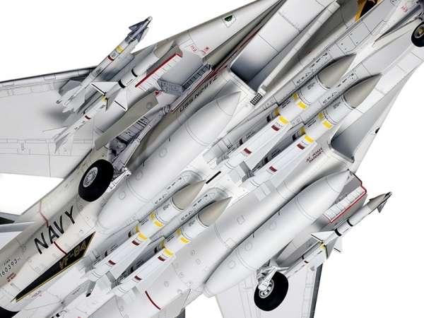 Myśliwiec Grumman F-14A Tomcat model do sklejania w skali 1:48, model Tamiya 61114_image_12-image_Tamiya_61114_3