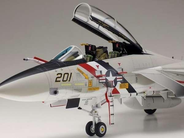 Myśliwiec Grumman F-14A Tomcat model do sklejania w skali 1:48, model Tamiya 61114_image_4-image_Tamiya_61114_3