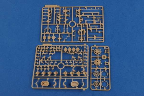 plastikowy-model-do-sklejania-czolgu-panzer-iv-b-sklep-modeledo-image_Hobby Boss_80131_7