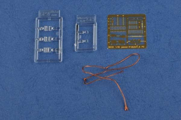 plastikowy-model-do-sklejania-czolgu-panzer-iv-b-sklep-modeledo-image_Hobby Boss_80131_11