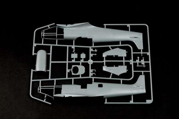 Supermarine Spitfire Mk.Vb model do sklejania w sklai 1:32 hobby_boss_83205_image_7-image_Hobby Boss_83205_3