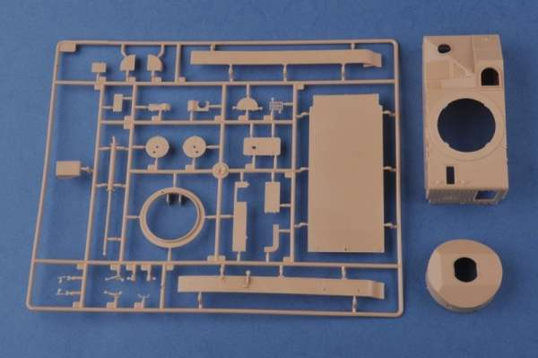 plastikowy-model-do-sklejania-czolgu-vickers-mk-ii-sklep-modeledo-image_Hobby Boss_83879_6