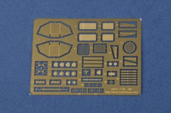 plastikowy-model-do-sklejania-czolgu-vickers-mk-ii-sklep-modeledo-image_Hobby Boss_83879_10