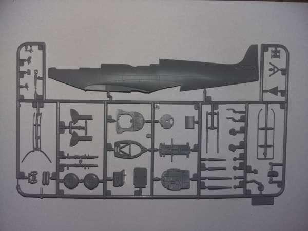 ICM 48060 w skali 1:48 - model Spitfire Mk.IXC Beer Delivery do sklejania - image j-image_ICM_48060_3