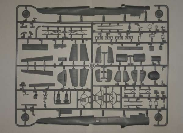 plastikowy-model-do-sklejania-bombowca-do-17z-2-sklep-modeledo-image_ICM_72308_8