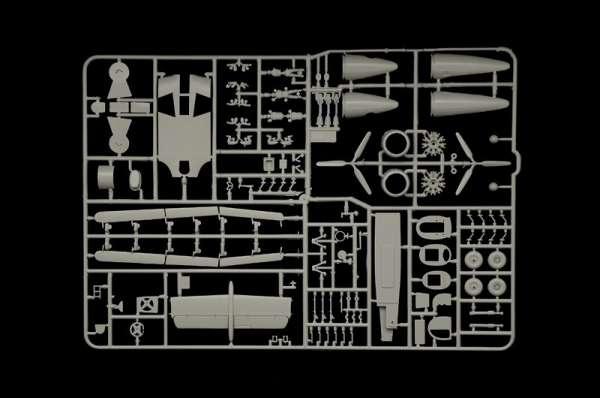 plastikowy-model-do-sklejania-samolotu-junkers-ju-86-sklep-modelarski-modeledo-image_Italeri_1391_12