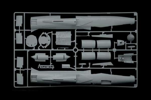 plastikowy-model-samolotu-tf-104-g-starfighter-do-sklejania-sklep-modelarski-modeledo-image_Italeri_2509_18