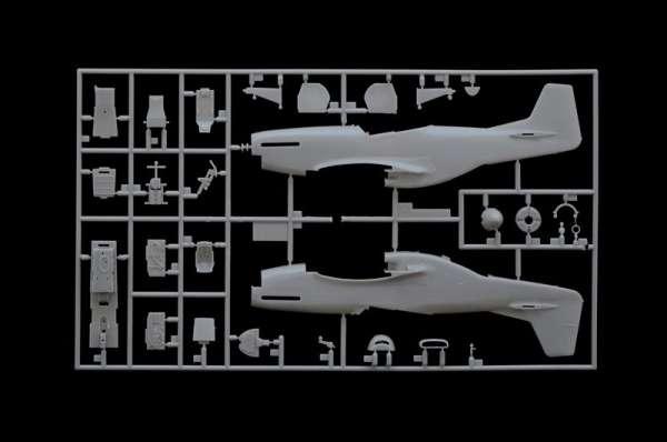 plastikowy-model-samolotu-p-51-d-k-pacific-aces-do-sklejania-sklep-modelarski-modeledo-image_Italeri_2743_7