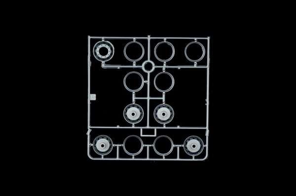 plastikowy-model-ciezarowki-holownika-do-sklejania-sklep-modelarski-modeledo-image_Italeri_3825_9