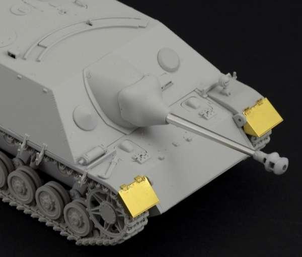 model_do_sklejania_sdkfz_162_jagdpanzer_iv_italeri_6488_sklep_modelarski_modeledo_image_3-image_Italeri_6488_1