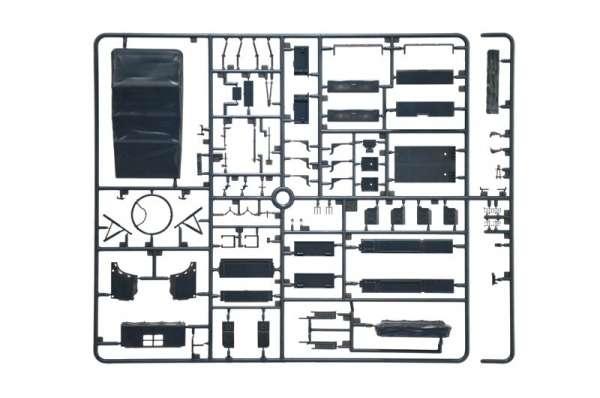 model-do-sklejania-ciagnika-artyleryjskiego-sdkfz-10-demag-d7-oraz-figurki-sklep-modeledo-image_Italeri_6561_9