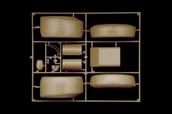 plastikowy-model-samochodu-kdf-1-typ-82-kubelwagen-sklep-modelarski-modeledo-image_Italeri_7405_18