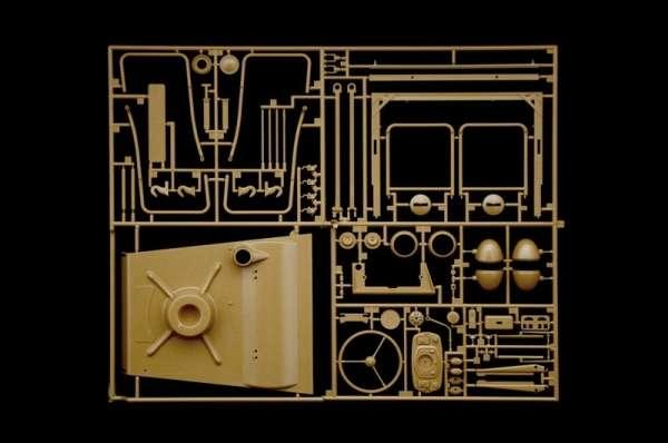 plastikowy-model-samochodu-kdf-1-typ-82-kubelwagen-sklep-modelarski-modeledo-image_Italeri_7405_23