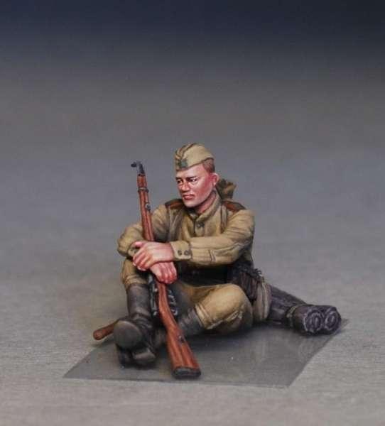 MiniArt 35233 w skali 1:35 - figurki Soviet soldiers taking a break do sklejania - image h-image_MiniArt_35233_3