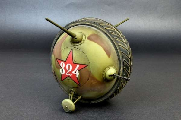 plastikowy-model-do-sklejania-soviet-ball-tank-sharotank-sklep-modeledo-image_MiniArt_40001_14