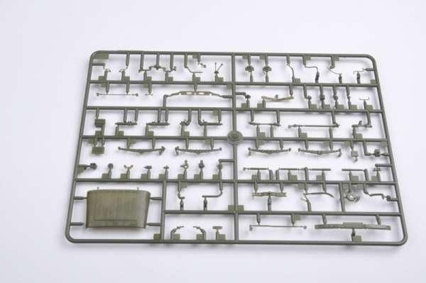 plastikowy-model-do-sklejania-uaz-469-sklep-modelarski-modeledo-image_Trumpeter_02327_6