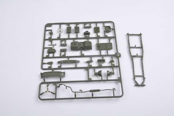 plastikowy-model-do-sklejania-uaz-469-sklep-modelarski-modeledo-image_Trumpeter_02327_9
