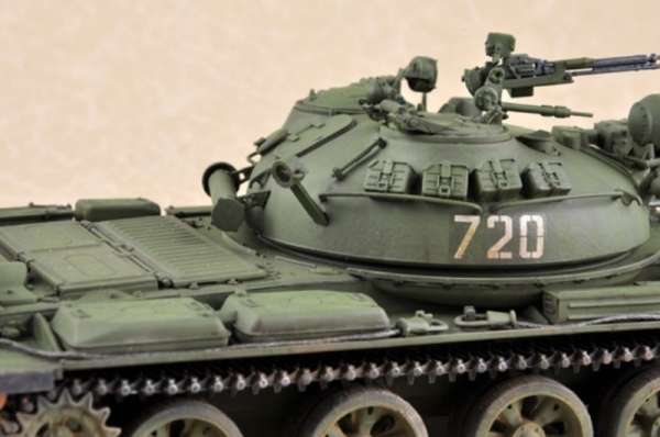 plastikowy-model-do-sklejania-czolgu-t-62-1975-sklep-modelarski-modeledo-image_Trumpeter_01552_6