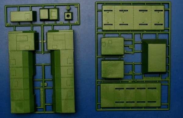 ummt_645_armored_train_alexander_nevskiy_hobby_shop_modeledo_image_5-image_UM Military Technics_645_4