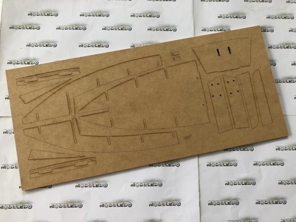 -image_Amati - drewniane modele okrętów_1300/09_13