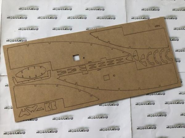 -image_Amati - drewniane modele okrętów_1300/09_12