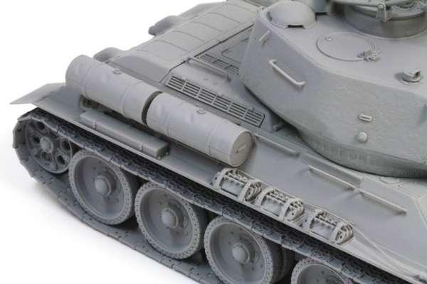 Model Dragon 3571 w skali 1:35 - Tank T-34/85 - image be-image_Dragon_3571_3