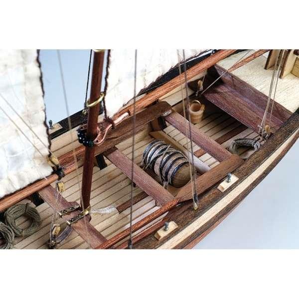 drewniany-model-do-sklejania-szalupy-hms-endeavour-sklep-modeledo-image_Artesania Latina drewniane modele statków_19015_3