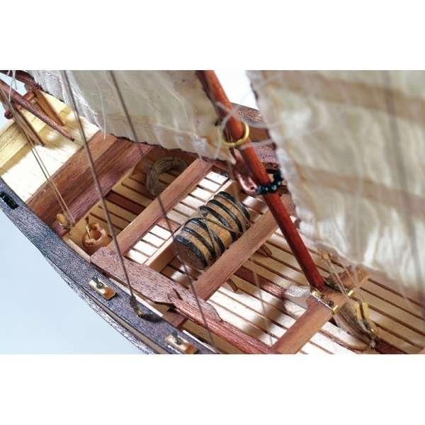 drewniany-model-do-sklejania-szalupy-hms-endeavour-sklep-modeledo-image_Artesania Latina drewniane modele statków_19015_4