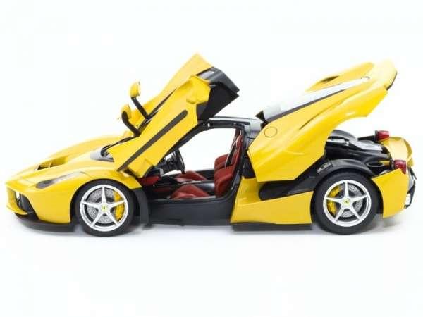 plastikowy-model-do-sklejania-samochodu-laferrari-yellow-version-sklep-modeledo-image_Tamiya_24347_4