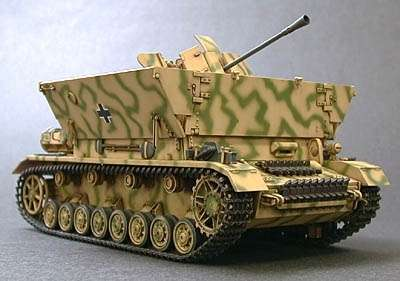 Sklejony model działka Flak 3.7 na podwoziu czołgu Pz.IV w skali 1:35.-image_Tamiya_35237_3