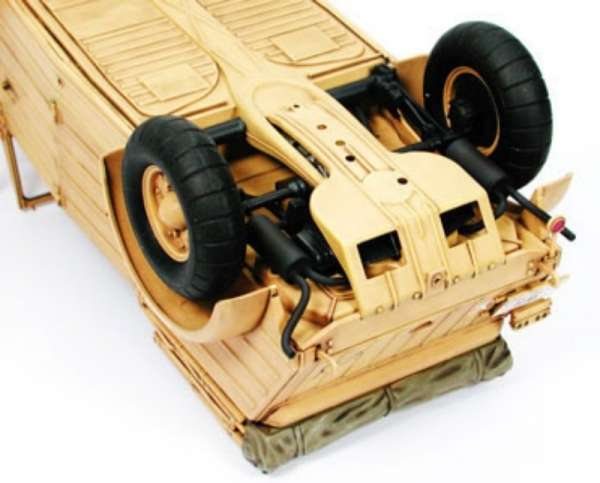 model_do_sklejania_german_kubelwagen_type_82_tamiya_36202_sklep_modelarski_modeledo_image_4-image_Tamiya_36202_3