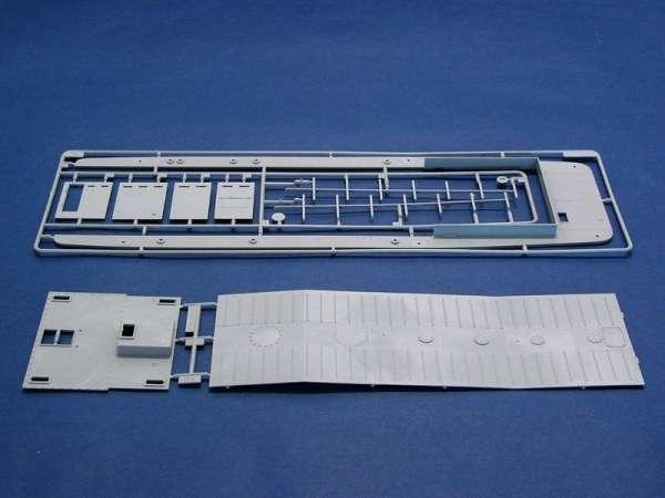plastikowy-model-do-sklejania-barki-desantowej-lcm-3-sklep-modelarski-modeledo-image_Trumpeter_00347_9