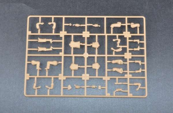 plastikowe-figurki-do-sklejania-niemieccy-zolnierze-sklep-modelarski-modeledo-image_Trumpeter_00432_3