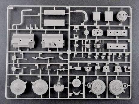 Trumpeter 00920 w skali 1:16 - model German Pzkpfw IV Ausf.H Medium Tank - image u-image_Trumpeter_00920_7