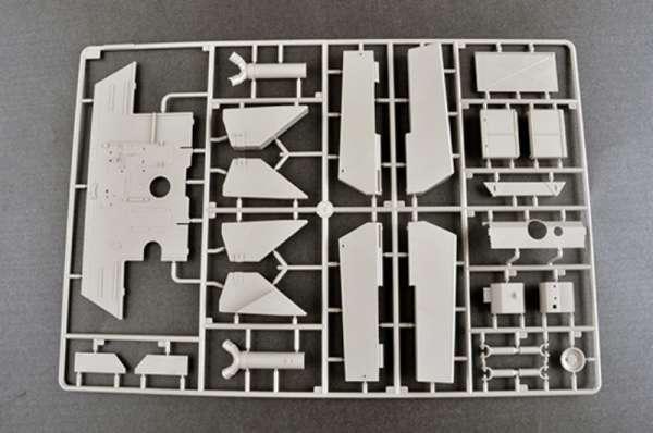 plastikowy-model-do-sklejania-czolgu-sdkfz-171-panther-g-early-sklep-modeledo-image_Trumpeter_00928_36