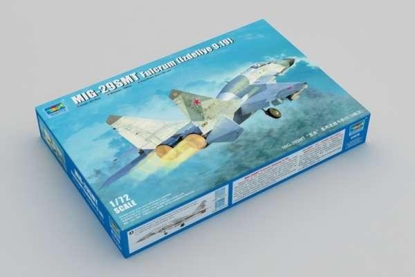 Rosyjski współczesny samolot wielozadaniowy MIG-29SMT (izdeliye 9.19), plastikowy model do sklejania Trumpeter 01676 w skali 1:72.-image_Trumpeter_01676_3
