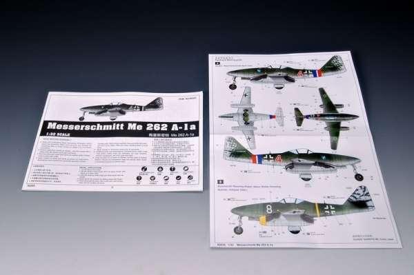 German fighter Messerschmitt Me262_a_1a plastikowy_model_do_sklejania_trumpeter_02235_image_14-image_Trumpeter_02235_3