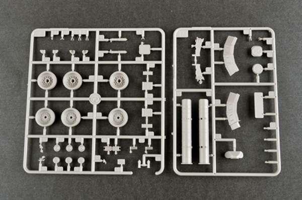 plastikowy-model-do-sklejania-czolgu-t-80u-mbt-sklep-modeledo-image_Trumpeter_09525_16