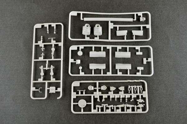 plastikowy-model-do-sklejania-czolgu-t-80u-mbt-sklep-modeledo-image_Trumpeter_09525_7