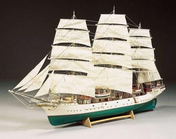 drewniany-model-do-sklejania-fregaty-danmark-sklep-modeledo-image_Billing Boats_BB5005_3