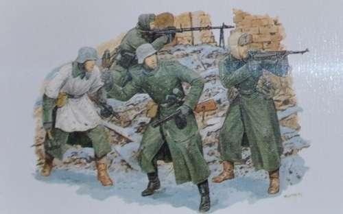 Figurki do sklejania w skali 1:35 niemieckich żołnierzy z 6 armii spod Stalingradu (1942-43) -image_Dragon_6017_1