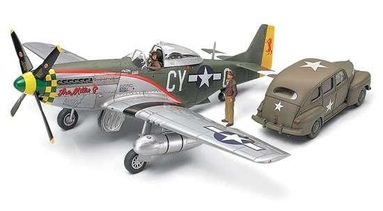 Amerykański myśliwiec P-51D Mustang oraz samochód sztabowy, plastikowy model do sklejania Tamiya 89732 w skali 1:48.-image_Tamiya_89732_1