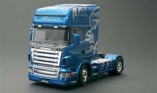 Ciężarówka marki Scania R620 Atelier, plastikowy model do sklejania Italeri 3850 w skali 1:24-image_Italeri_3850_1